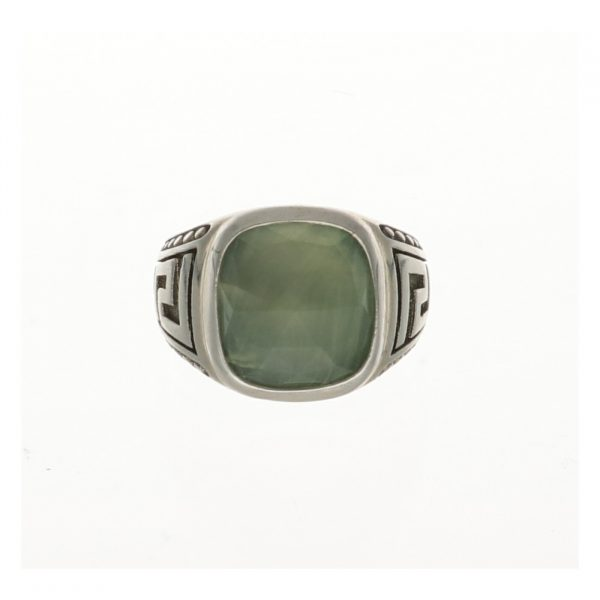 Anello in argento decorato con pietra verde Spadarella